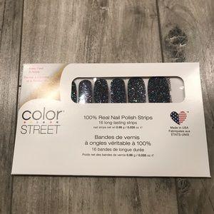 Color Street Holidaze
